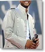Usher On Stage For Abc Gma Concert Metal Print by Everett