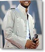 Usher On Stage For Abc Gma Concert Metal Print