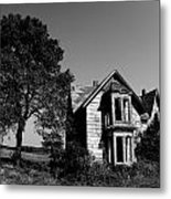 Abandoned House Metal Print by Cale Best