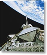 Space Shuttle Endeavour Metal Print