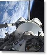 Space Shuttle Discovery Backdropped Metal Print
