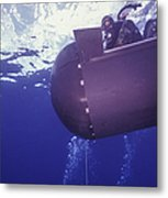 A Pilot Guides A Seal Delivery Vehicle Metal Print