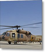 A Uh-60 Black Hawk Yanshuf Metal Print