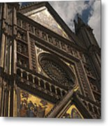 A View Upward At The Duomo Di Orvieto Metal Print