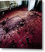 Abandoned Locker Room Metal Print by Christopher Kulfan