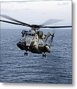An Mh-53e Sea Dragon In Flight Metal Print