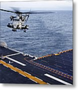 An Mh-53e Sea Dragon Prepares To Land Metal Print