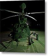 An Oh-58d Kiowa Helicopter At Cob Metal Print