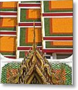 Architectural Detail Of Wat Pho Temple Metal Print