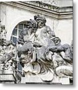 Art Gallery Statue In Cardiffs Metal Print