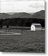 Autumn Barn In Green Bank Wv Bw Metal Print