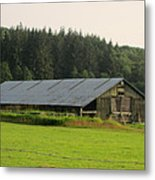 Barn And Barbwire Metal Print
