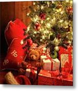 Brightly Lit Christmas Tree With Gifts Metal Print