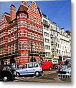 Busy Street Corner In London Metal Print