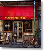 Cafe - Ny - Chelsea - Mappamondo  Metal Print by Mike Savad