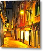 Cafe In Venice Metal Print