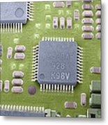Circuit Board Microchip, Sem Metal Print by Steve Gschmeissner