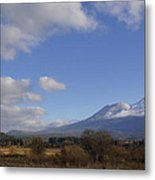 Clouds And Mt Shasta In Autumn Metal Print