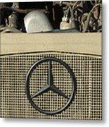 Daimler-benz A-g Hood Emblem Metal Print