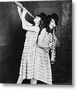 Daisy And Violet Hilton 1908-1969 Metal Print