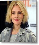 Drew Barrymore At The Press Conference Metal Print by Everett