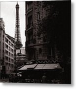 Eiffel Tower Black And White 2 Metal Print