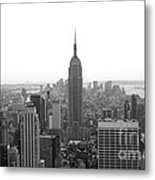 Empire State Building In Black And White Metal Print
