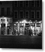 French Quarter Shopping At Night - Black And White Metal Print