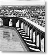 Frey Pool Bw Palm Springs Metal Print