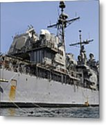 Guided Missile Cruiser Uss Bunker Hill Metal Print