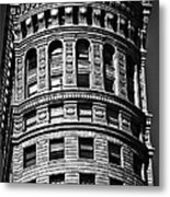 Historic Building In San Francisco - Black And White Metal Print