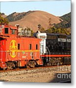 Historic Niles Trains In California . Old Southern Pacific Locomotive And Sante Fe Caboose . 7d10843 Metal Print