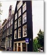 Illusion Of A Two Dimensional Building In Amsterdam Metal Print
