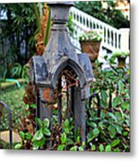 Iron Post Metal Print by Perry Webster