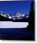 Jasper - Maligne Lake In Winter Metal Print