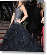 Kate Beckinsale Wearing A Marchesa Metal Print by Everett