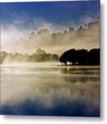 La Niebla Metal Print by Julio Beceiro