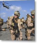 Marines Position Themselves Metal Print