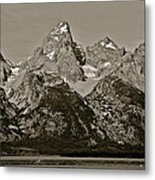 Middle Grand Owen And Teewinot Metal Print