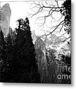 Mountains Of Yosemite . 7d6213 . Black And White Metal Print