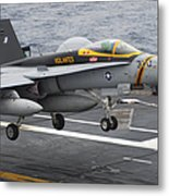 N Fa-18f Super Hornet Lands Aboard Metal Print