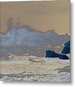 Ocean Waves On The Oregon Coast Metal Print