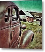Old Car And Ghost Town Metal Print