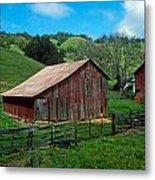 Old Red Barn Metal Print by Kathy Yates