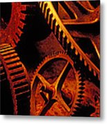 Old Rusty Gears Metal Print by Garry Gay