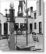 Paul Bunyan Atop Gas Station, Bemidji Metal Print by Everett