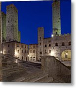 Piazza Duomo At Dusk Metal Print by Rob Tilley