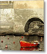 Red Boat In Vernazza Harbor On The Cinque Terre Metal Print