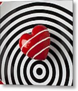 Red Heart On Circle Plate Metal Print by Garry Gay