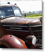 Rusty Old 1935 International Truck . 7d15509 Metal Print by Wingsdomain Art and Photography